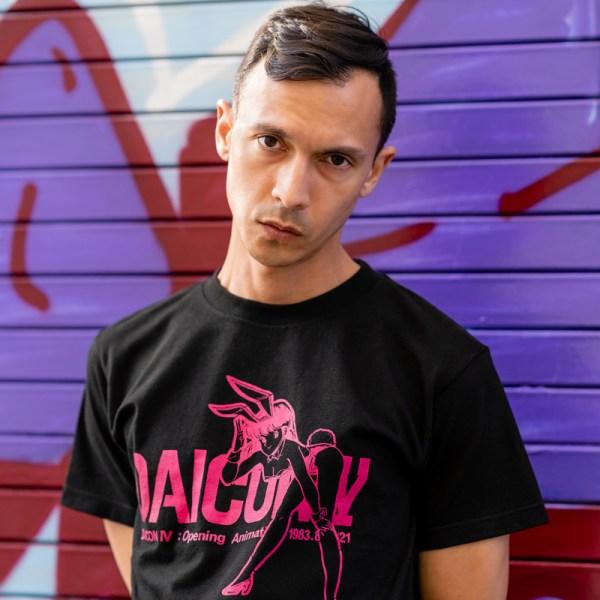 Model wearing DAICONIV Shirt