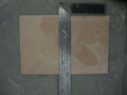 укладка плтки в ванной026