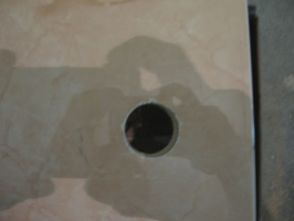 укладка плтки в ванной030
