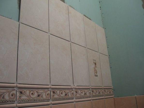 укладка плтки в ванной047