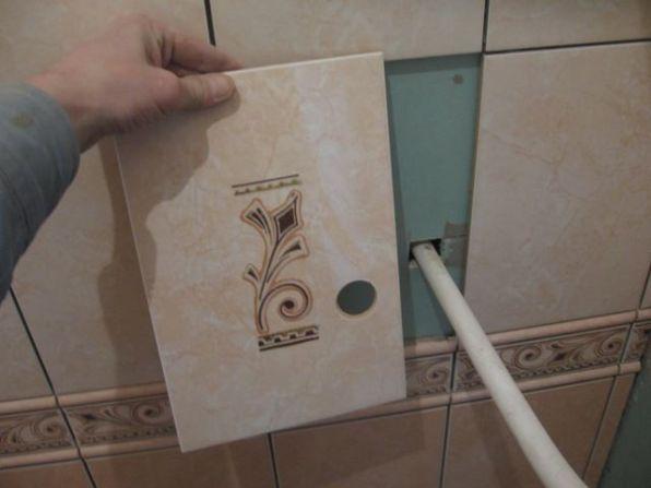 укладка плтки в ванной093