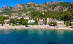 Marmaris Turunç'ta Denize Sıfır İslami Otel