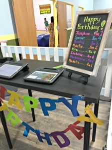 A fun birthday party at Bumbleebee Play Cafe in Elgin.