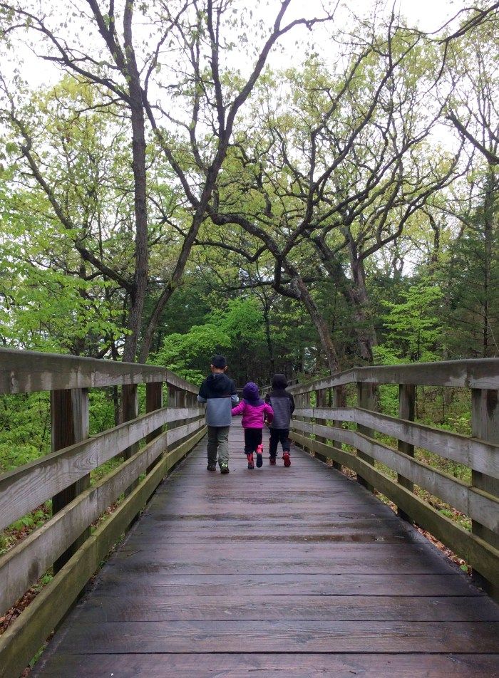 Family hiking at Starved Rock State Park in Illinois.