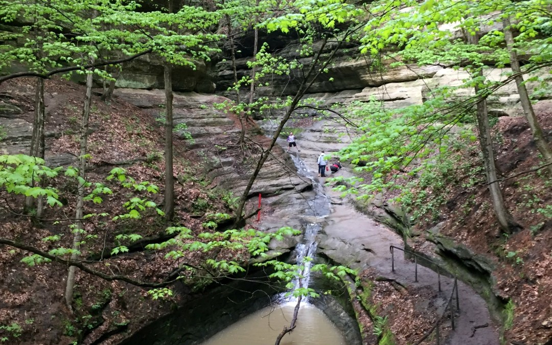 Family Hiking at Starved Rock State Park