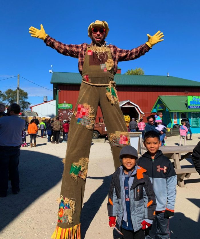 Fall family fun at Siegel's Cottonwood Farm in Lockport, Illinois.