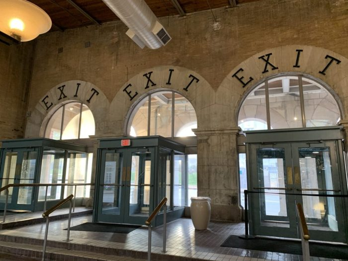 Stay at the historic St. Louis Union Station Hotel with amazing architecture, light shows, and easy access to all Union Station activities.
