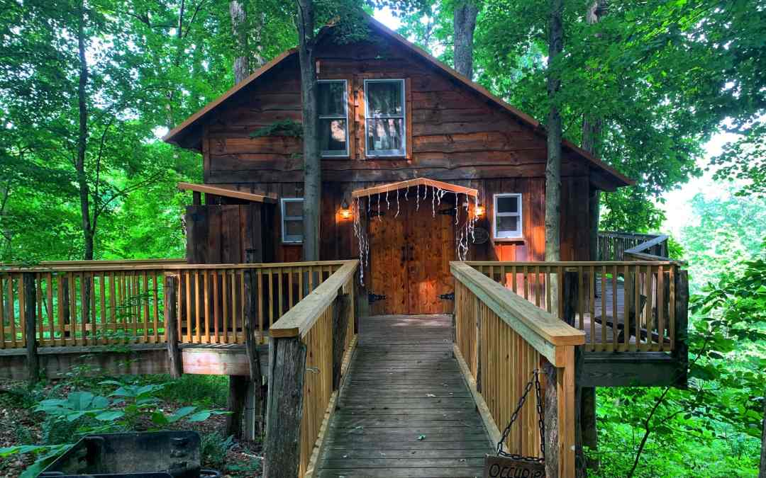 A Magical Stay at White Oak Treehouse at The Mohicans