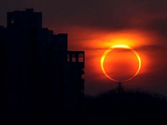 Έκλειψη Ηλίου 2012 (1)