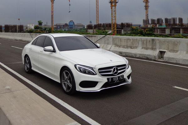 Mobil Mercedes Benz C200 mobil pilihan terbaik