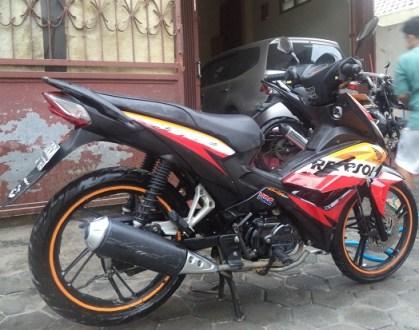 cuci motor dari abu (3)