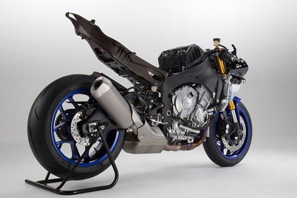 2015-Yamaha-YZF-R1f-small