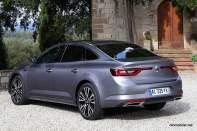 2016-Renault-Talisman-scene-2