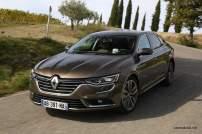 2016-Renault-Talisman-scene-23