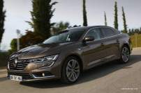 2016-Renault-Talisman-scene-25