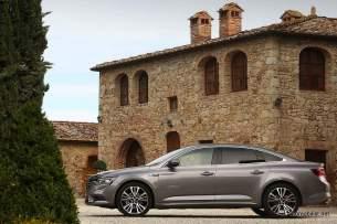 2016-Renault-Talisman-scene-3