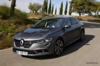 2016-Renault-Talisman-scene-31