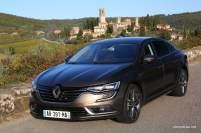 2016-Renault-Talisman-scene-42