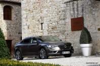 2016-Renault-Talisman-scene