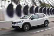 2017-Peugeot-2008-dynamic_021
