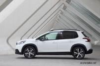 2017-Peugeot-2008_017