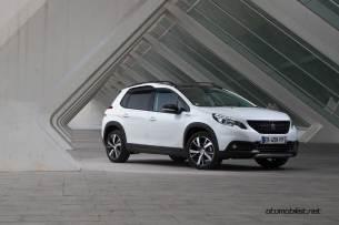 2017-Peugeot-2008_018