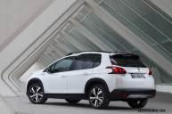 2017-Peugeot-2008_020
