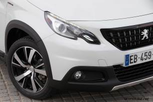 2017-Peugeot-2008_023