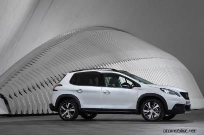2017-Peugeot-2008_043