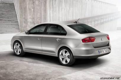 2013-seat-toledo-mk4-rear