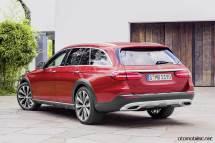 2017-mercedes-benz-e-serisi-all-terrain-rear