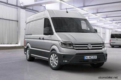 2017-volkswagen-crafter-front-side
