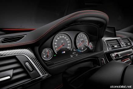 2018 BMW M4 Coupe Konsol