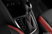 2018 Hyundai Accent vites konsol