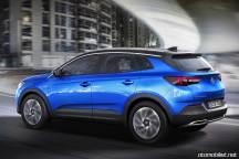 2018 Opel Grandland X yolda
