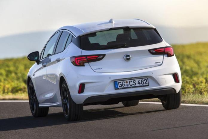 Opel Astra Hatchback (1)