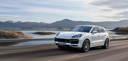 Porsche'den İki Dünya Prömiyeri