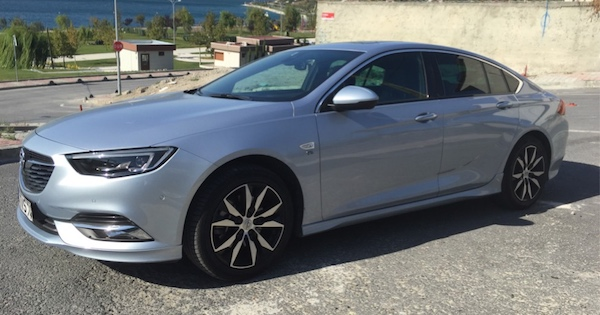 Opel insignia Grand Sport 2017 Test Sürüşü