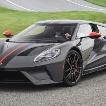 2019-ford-gt-carbon-serie_1600x0w