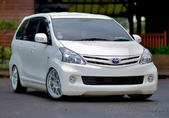 2019 Modifikasi Avanza Terbaru  Velg Racing Bodykit Jok