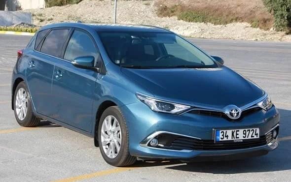 Toyota Auris 1.4 D-4D Premium 2015 Test Sürüşü