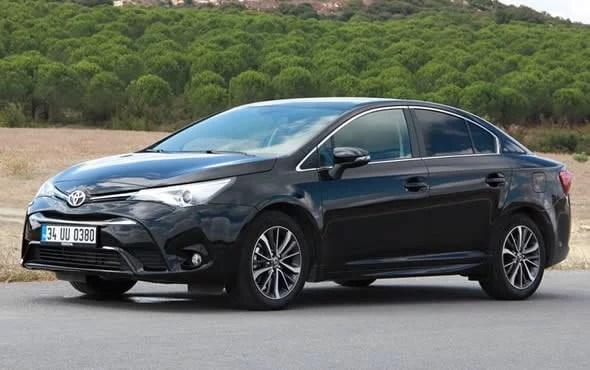 Toyota Avensis 1.6 D-4D Premium Plus 2015 Test Sürüşü