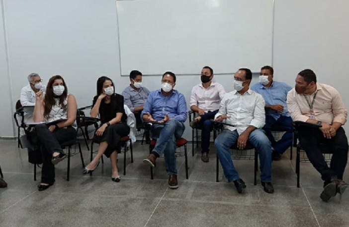Santa Casa e prefeito de Itabuna debatem medidas para resolver superlotação na saúde