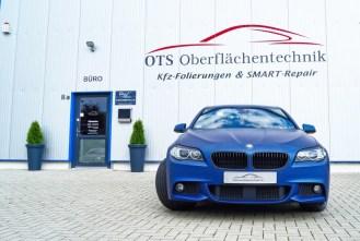 BMW-F10-Blau-foliert_lzn