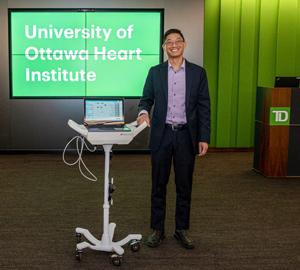Dr. Benjamin Chow, UOHI.
