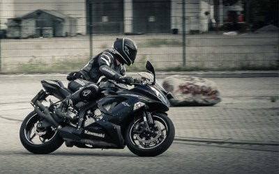What to Wear to Protect Yourself When Riding a Motorcycle