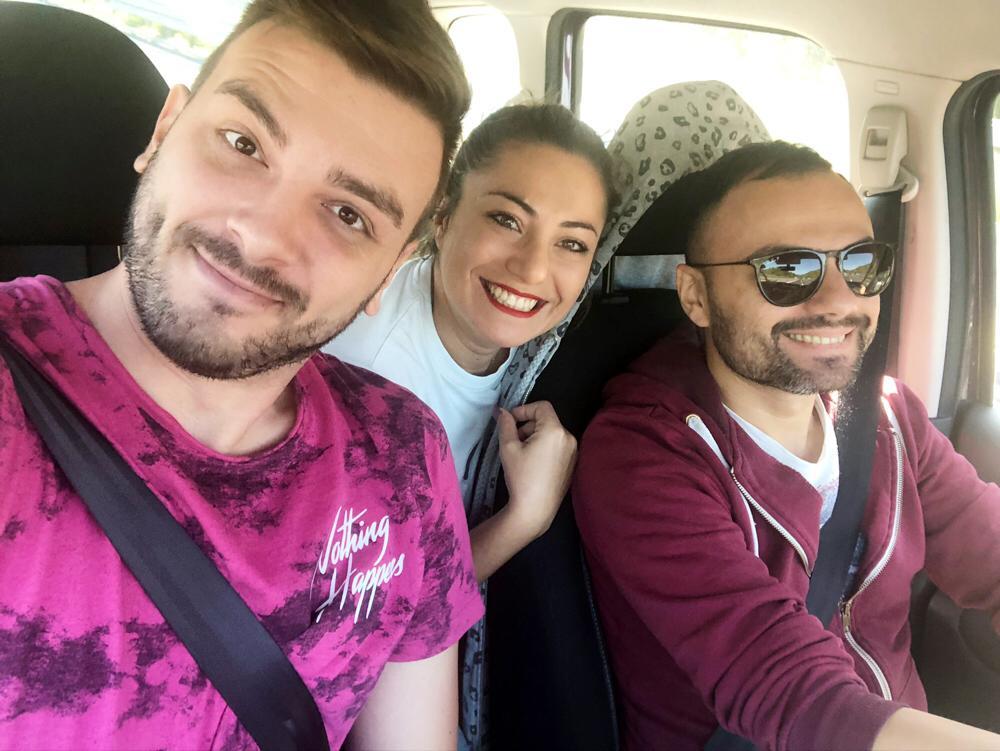 Il trio: da sx Riccardo, Rossana e Santino