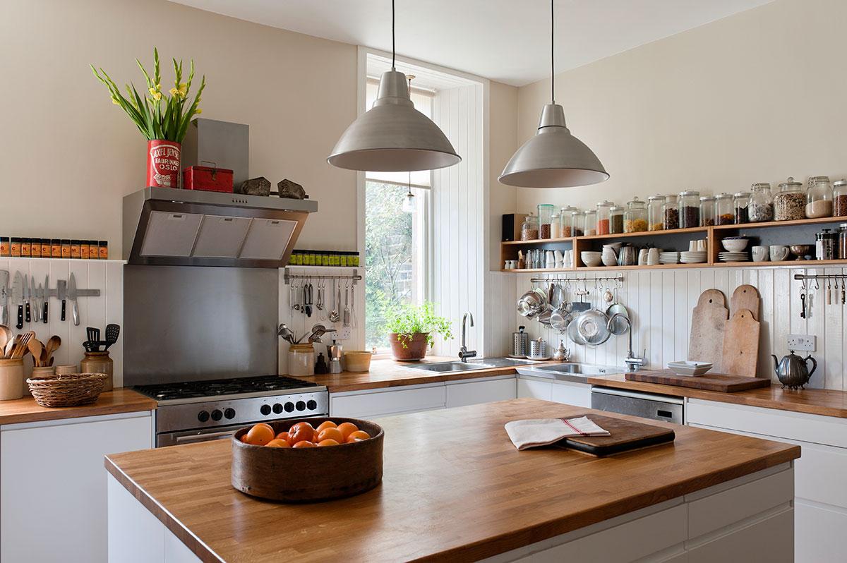 remodeling open kitchen living room stonewall dark chocolate sea salt caramel sauce Édes, nyitott polcos konyhafelújítás - előtte-utána képek ...