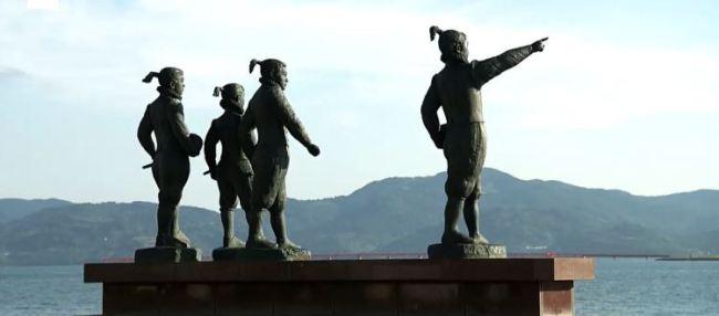 statue-4-ragazzi-missione-Tensho