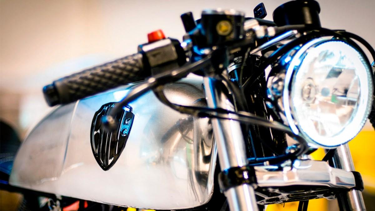 Honda CB250 - Bolt #6
